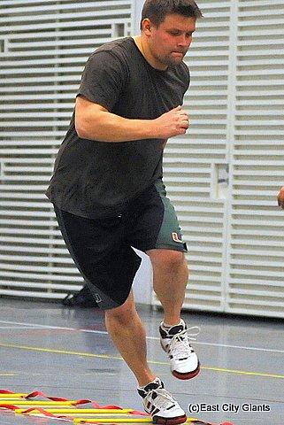 69ersista siirtynyt Teemu Holopainen vaihtoi pallonkantajasta LB:n tontille